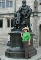 Wanda and Charles Darwin, Shrewsbury (Darwin's birthplace)